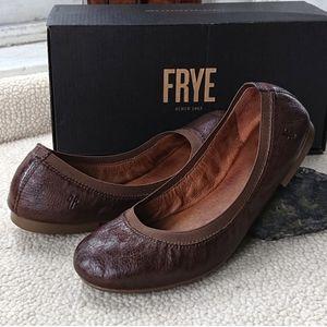 """Frye """"Carson Gore Ballet"""" Leather Flat"""